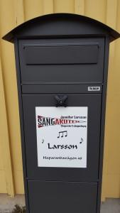 Håll utkik efter loggan på brevlådan!